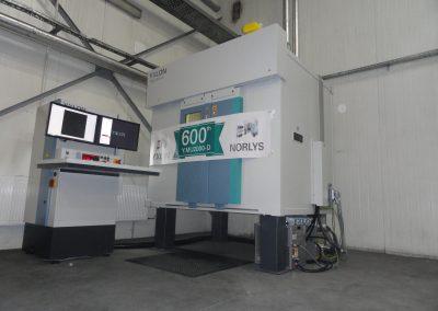 600-setny na świecie system YXLON MU2000-D